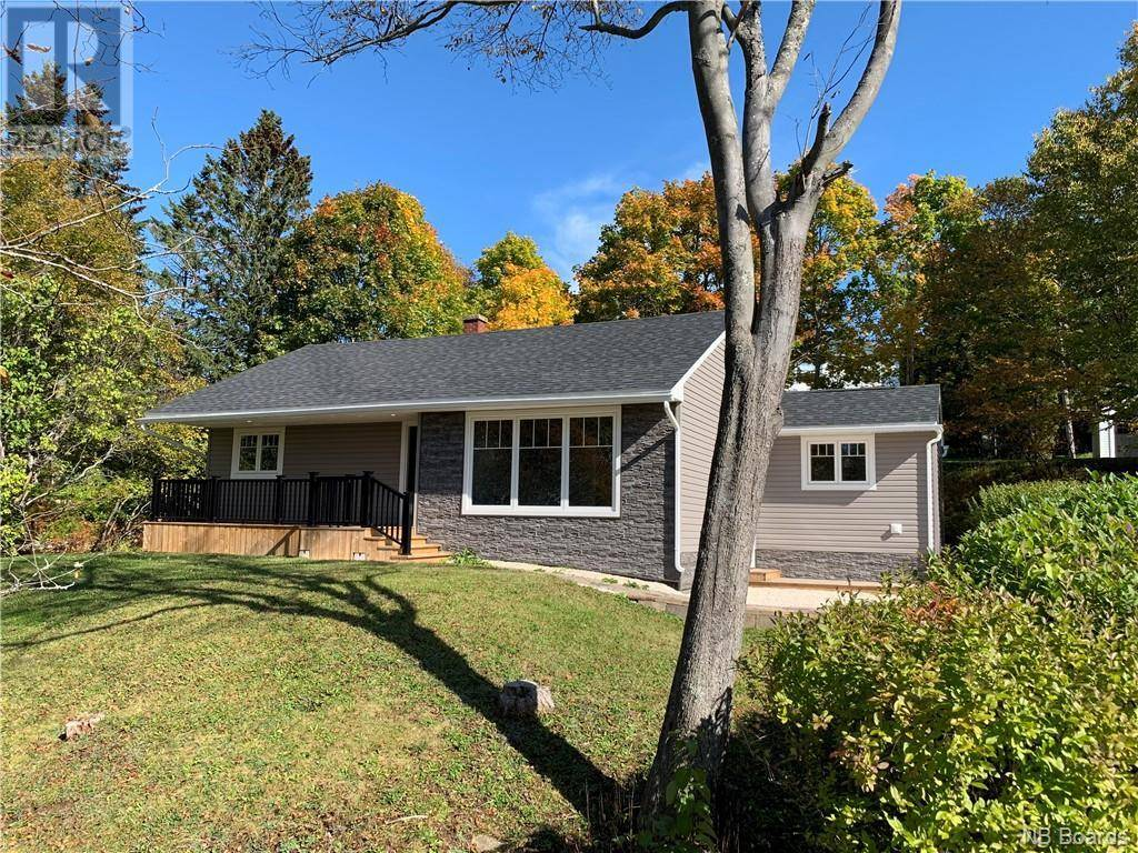 House for sale at 35 Birchview Te Rothesay New Brunswick - MLS: NB035059