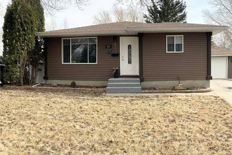 House for sale at 35 Boucher Cres Regina Saskatchewan - MLS: SK804499