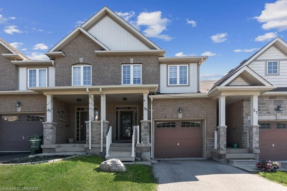 Townhouse for sale at 35 Browview Dr Waterdown Ontario - MLS: 30826817