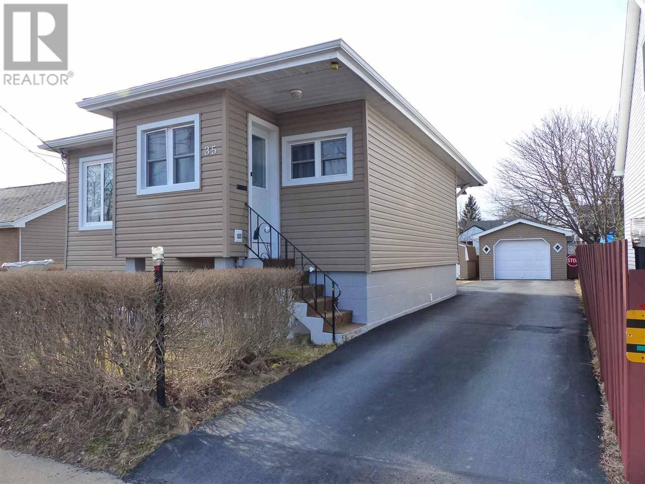 House for sale at 35 Chappell St Dartmouth Nova Scotia - MLS: 202005526