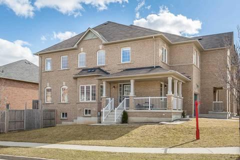 Townhouse for sale at 35 Evanwood Cres Brampton Ontario - MLS: W4419552