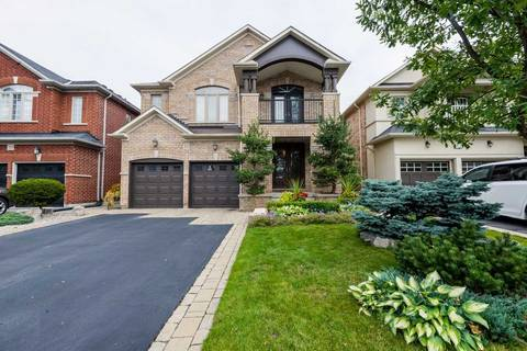 House for sale at 35 Featherwood Dr Vaughan Ontario - MLS: N4602271