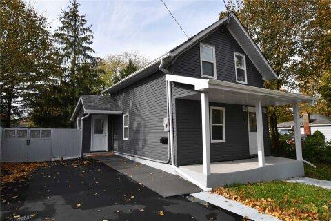 House for sale at 35 Georgian St Kawartha Lakes Ontario - MLS: X4964232