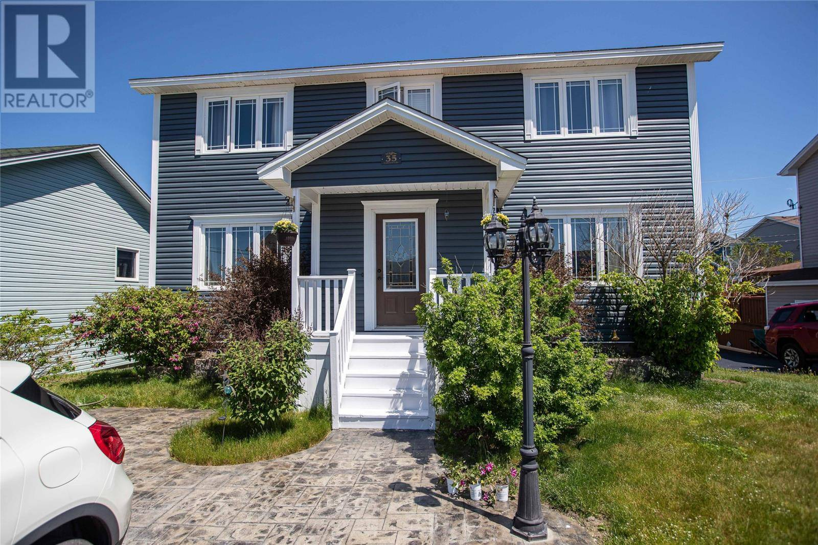 House for sale at 35 Goldfinch Dr Paradise Newfoundland - MLS: 1198971