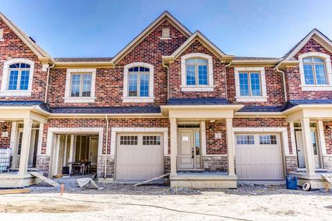 Townhouse for sale at 35 Hanning Ct Clarington Ontario - MLS: E4545552
