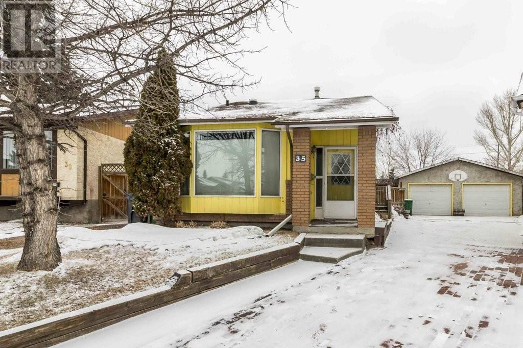 House for sale at 35 Heath Cs Red Deer Alberta - MLS: ca0191616