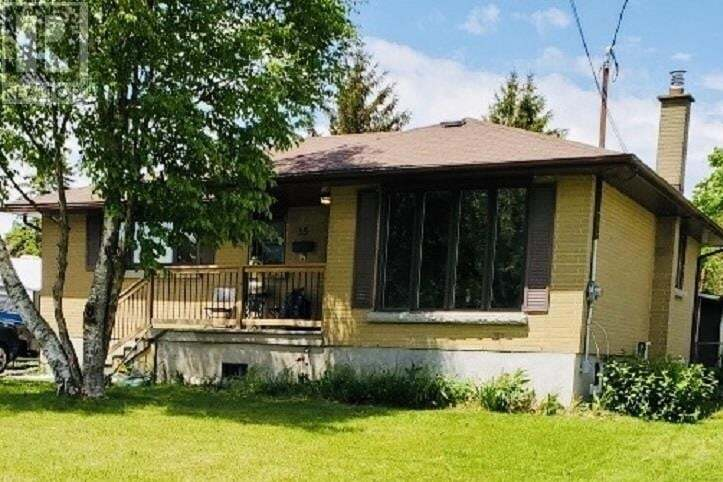 House for sale at 35 Henry St Amherstview Ontario - MLS: K20002809