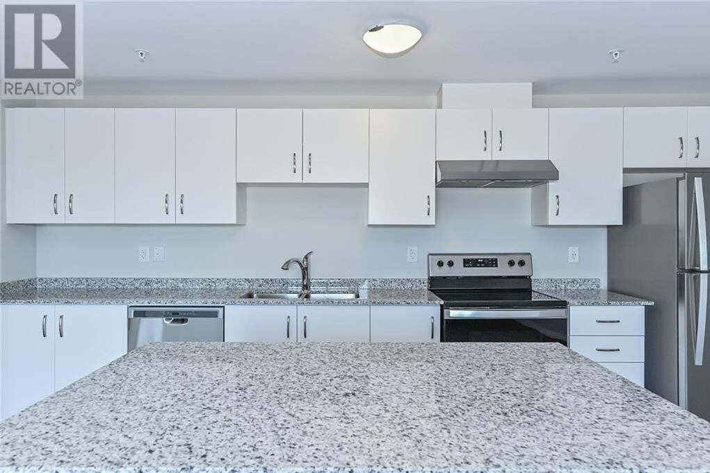 Condo for sale at 35 Kingsbury Sq Guelph Ontario - MLS: 30819828
