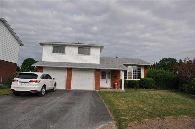 Sold: 35 Lanscott Place, Hamilton, ON