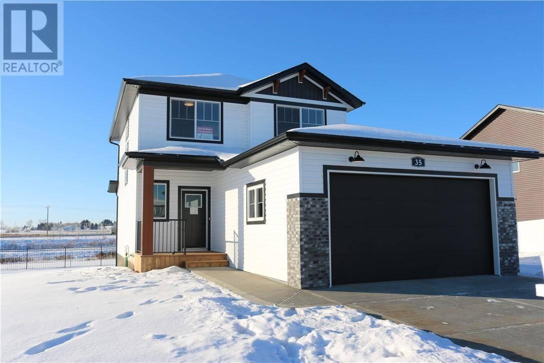 House for sale at 35 Memorial Pw Red Deer County Alberta - MLS: ca0185618
