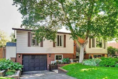 House for sale at 35 Nadia Pl Oakville Ontario - MLS: W4787285