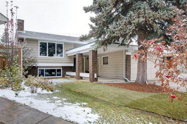 Sold: 35 Parkwood Rise Southeast, Calgary, AB