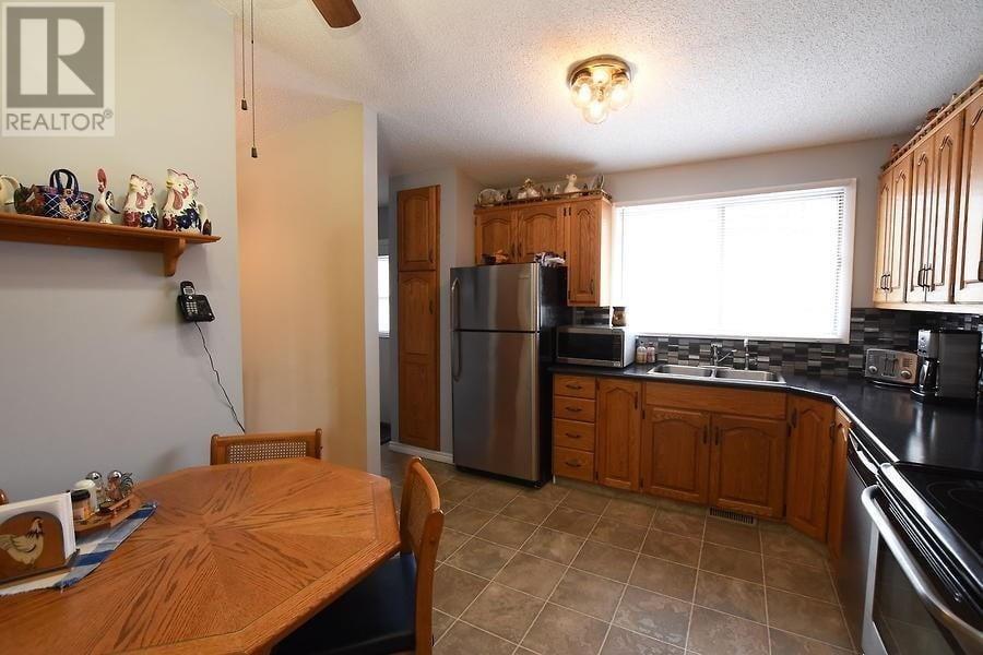 House for sale at 35 Plainsview Dr Regina Saskatchewan - MLS: SK817056