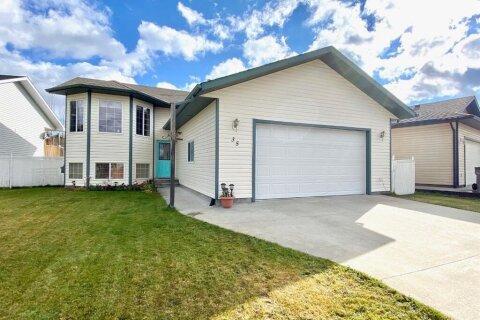 House for sale at 35 Poplar  Dr Whitecourt Alberta - MLS: A1042295
