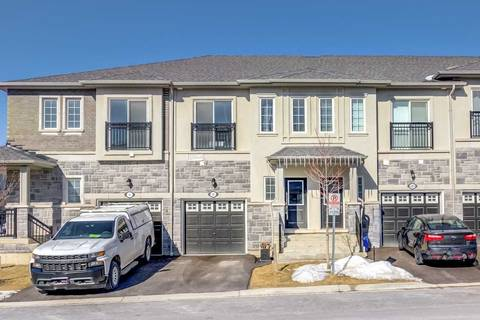 Townhouse for sale at 35 Prospect Wy Whitby Ontario - MLS: E4700967