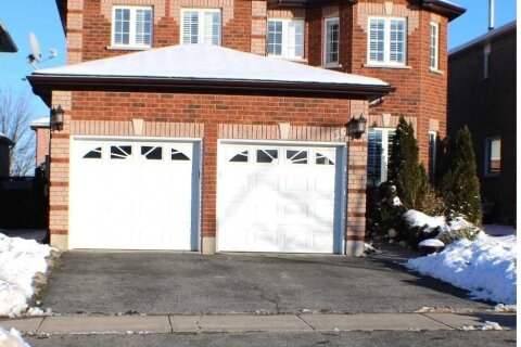 House for sale at 35 Red Oak Dr Barrie Ontario - MLS: S5080131