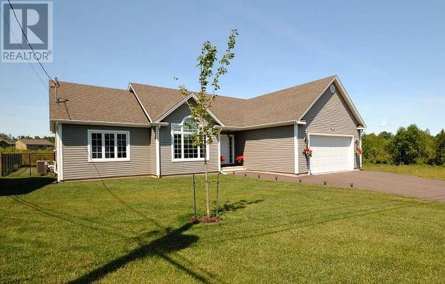 House for sale at 35 Salengro Cres Moncton New Brunswick - MLS: M123993