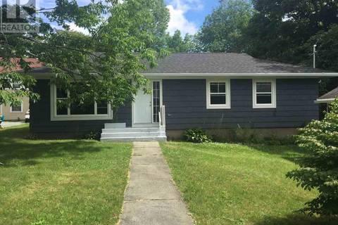 House for sale at 35 School St Liverpool Nova Scotia - MLS: 201905860