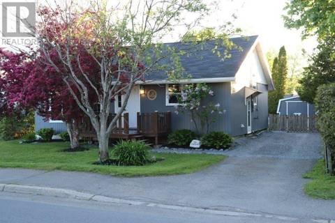 House for sale at 35 Simpson Dr Saint John New Brunswick - MLS: NB026300