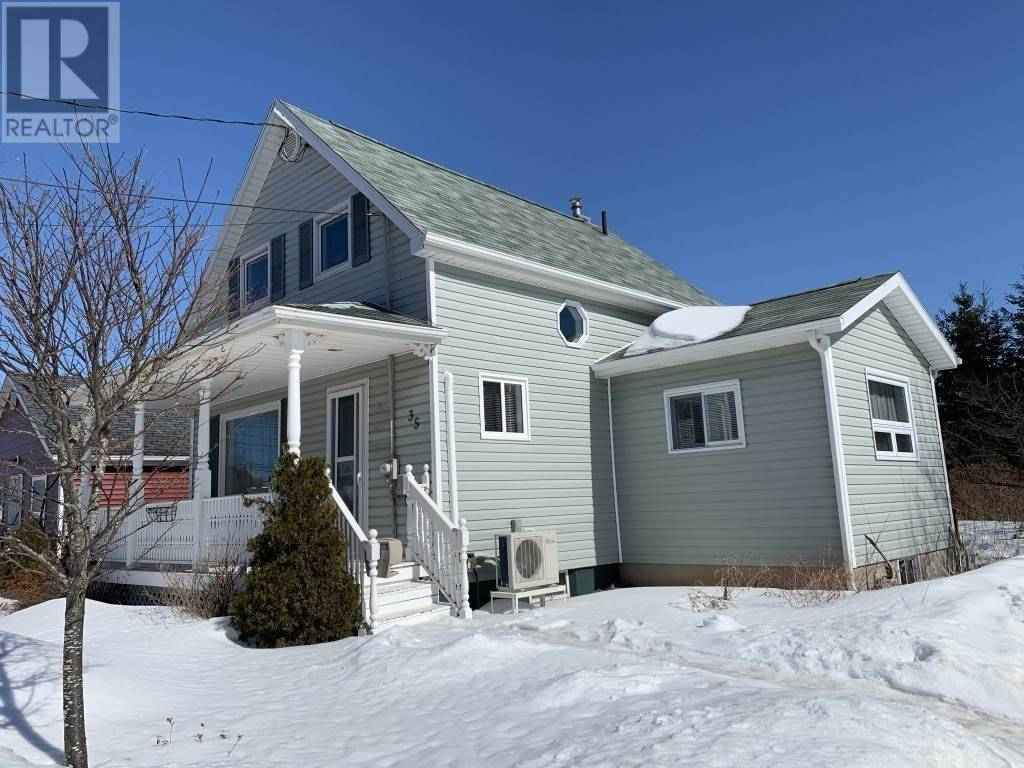 House for sale at 35 St.lawrence St Summerside Prince Edward Island - MLS: 202004686