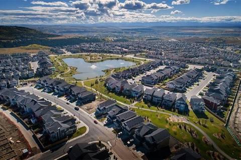 Home for sale at 35 Sundown Wy Cochrane Alberta - MLS: C4228202