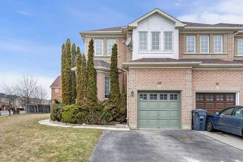 Townhouse for sale at 35 Twin Pines Cres Brampton Ontario - MLS: W4727131