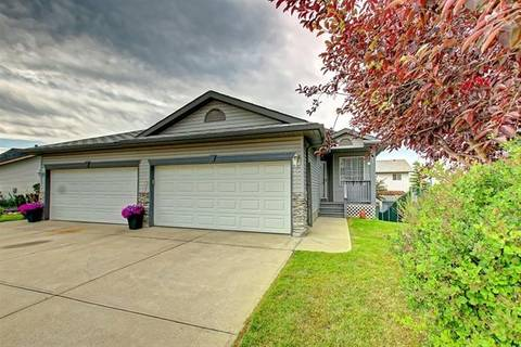 Townhouse for sale at 35 West Terrace Rd Cochrane Alberta - MLS: C4264527