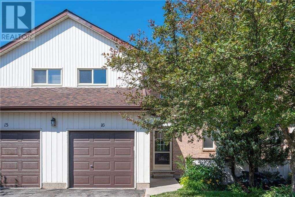 Townhouse for sale at 35 Westheights Dr Kitchener Ontario - MLS: 30820297