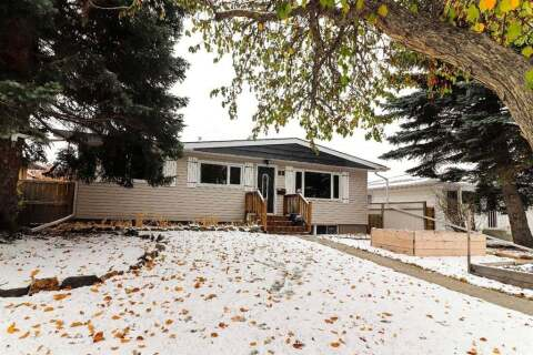 House for sale at 35 Windermere Rd SW Calgary Alberta - MLS: A1017832