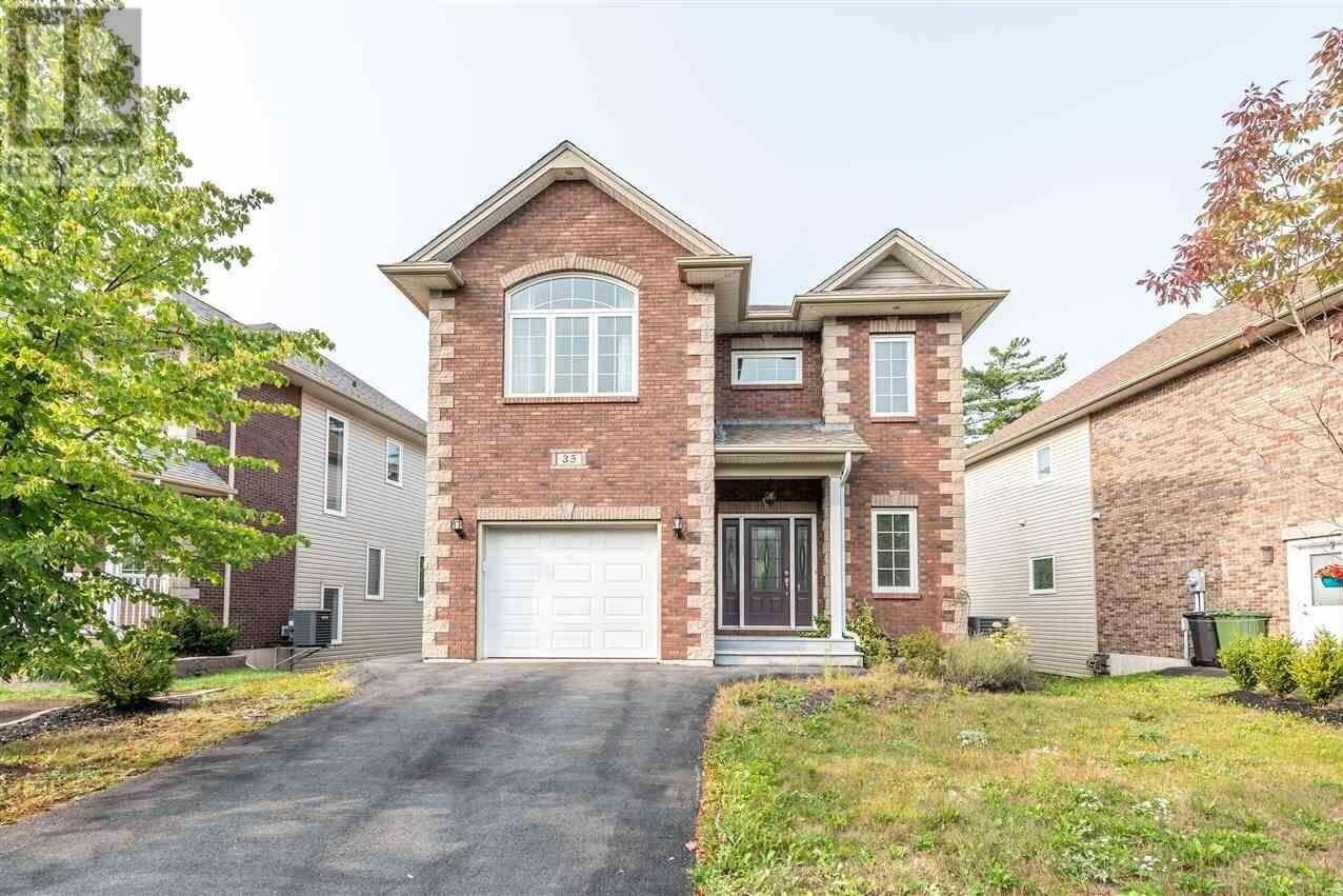 House for sale at 35 Windridge Ln Bedford Nova Scotia - MLS: 202019142
