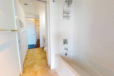 Apartment for rent at 12 York St Unit 3504 Toronto Ontario - MLS: C5086812