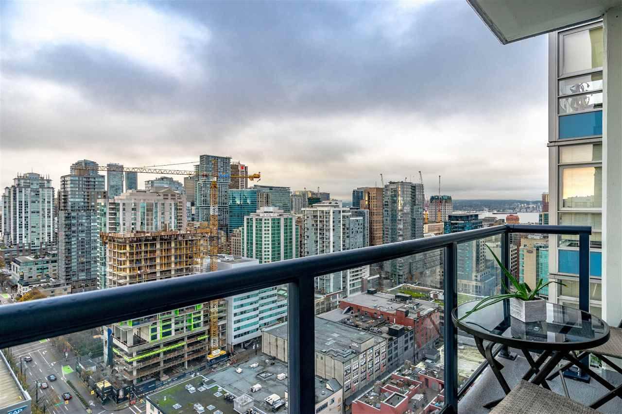 The Max Condos: 928 Beatty Street, Vancouver, BC