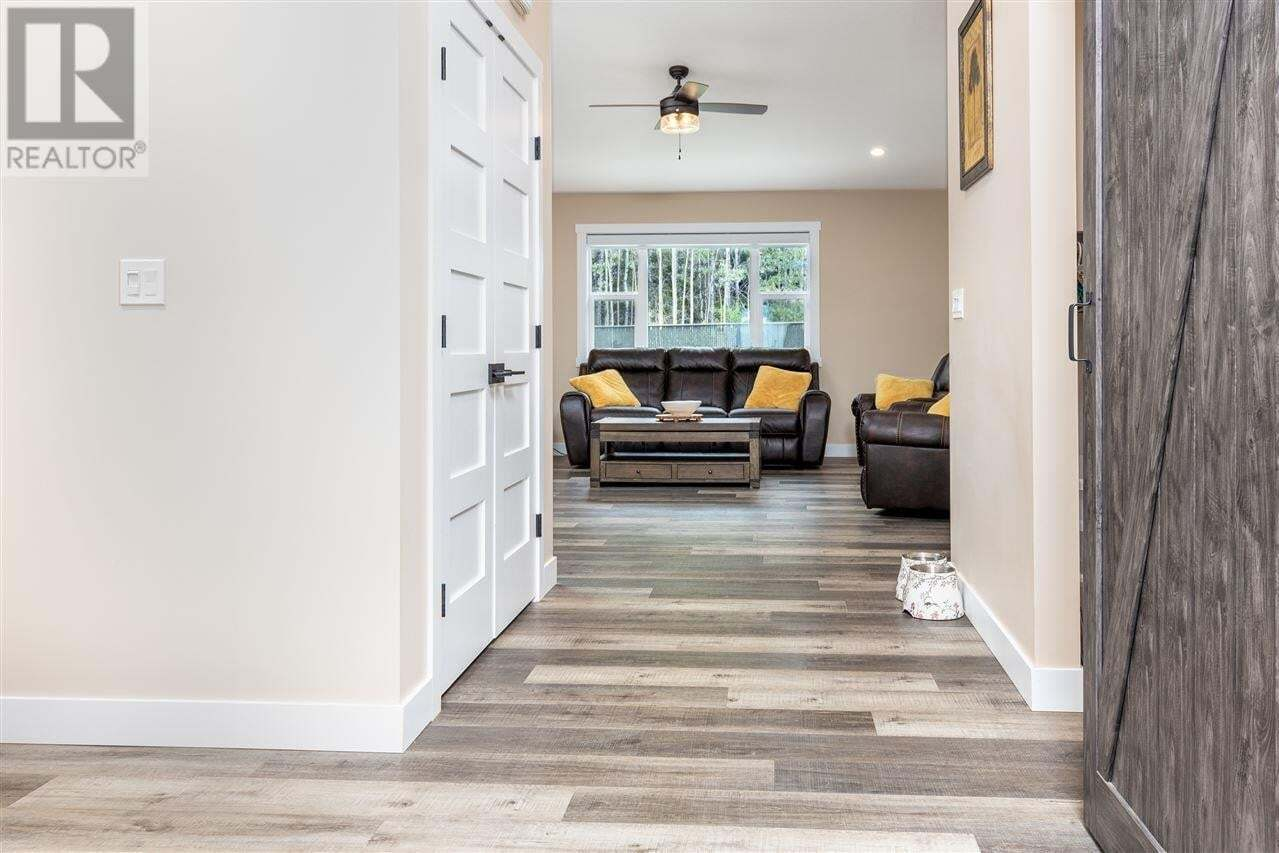 3508 Campbell Street, Terrace | Image 2