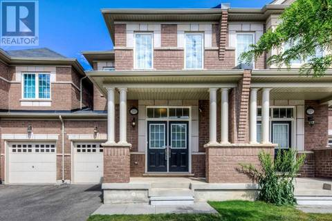 Townhouse for sale at 351 Leadwood Gt Oakville Ontario - MLS: W4489102