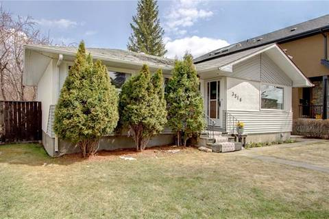 House for sale at 3516 43 St Southwest Calgary Alberta - MLS: C4243776