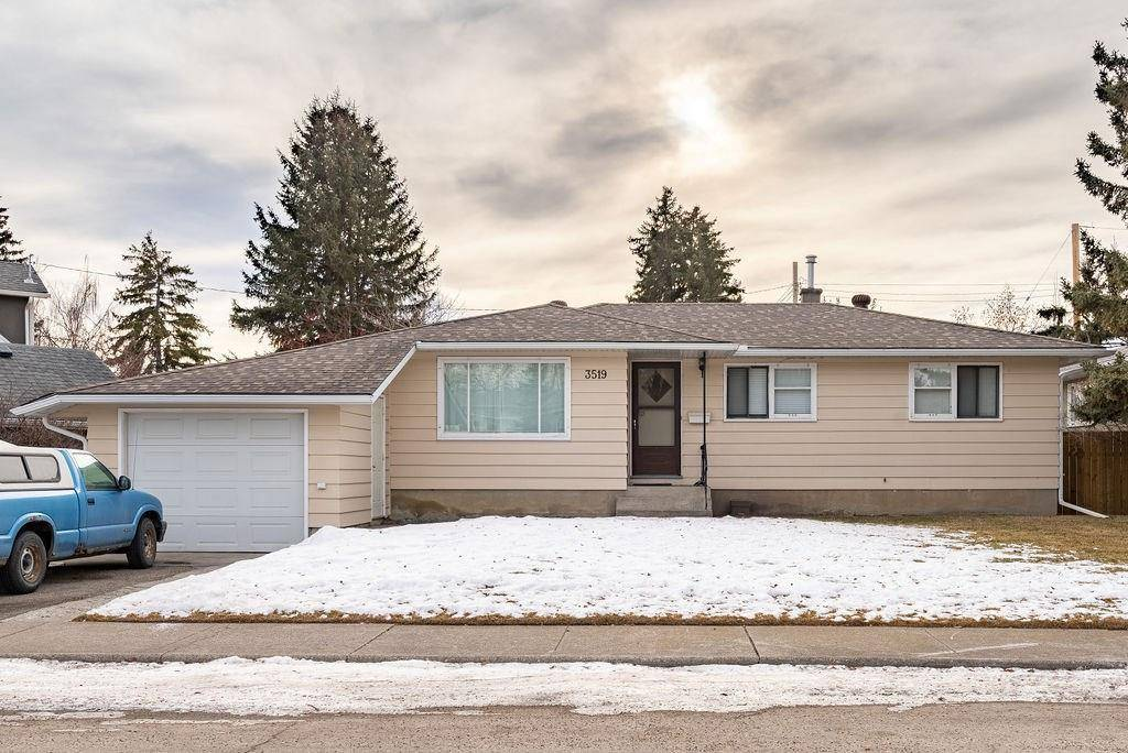 House for sale at 3519 2 Ave Sw Spruce Cliff, Calgary Alberta - MLS: C4221648