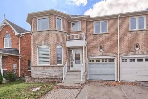 Townhouse for sale at 352 Spruce Grove Cres Newmarket Ontario - MLS: N4642128