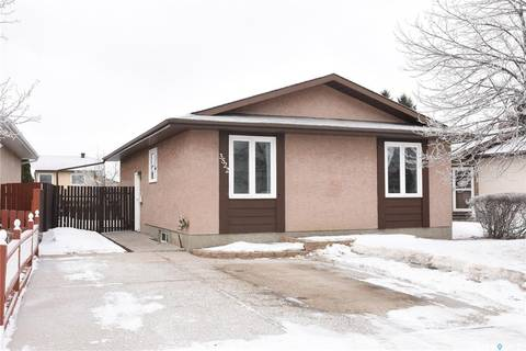 House for sale at 3522 Cormorant Dr Regina Saskatchewan - MLS: SK800222