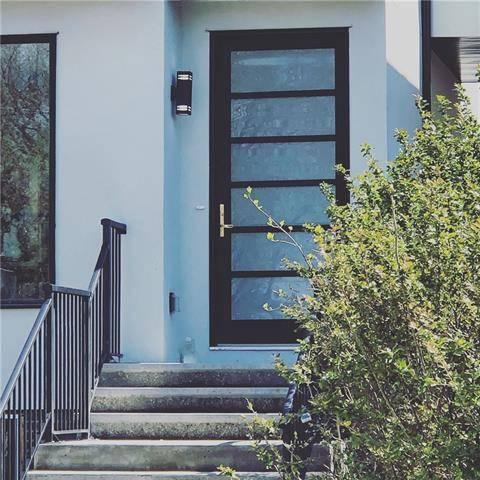 House for sale at 3528 3 St Northwest Calgary Alberta - MLS: C4247349