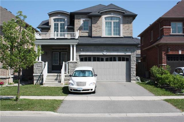 For Rent: 353 Lauderdale Drive, Vaughan, ON | 4 Bed, 3 Bath House for $3,000. See 8 photos!