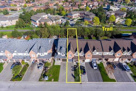 Townhouse for sale at 354 Riverstone Dr Oakville Ontario - MLS: W4455946