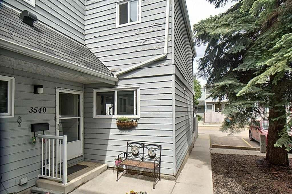Townhouse for sale at 3540 42 St NW Edmonton Alberta - MLS: E4202232