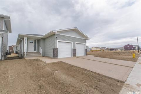 Townhouse for sale at 3542 Green Turtle Rd Regina Saskatchewan - MLS: SK796063