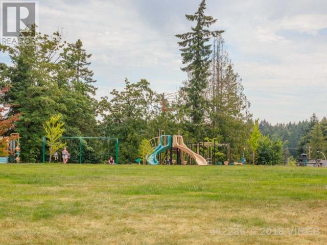 For Sale: 3544 Monterey Drive, Nanaimo, BC   4 Bed, 4 Bath House for $1,059,000. See 52 photos!