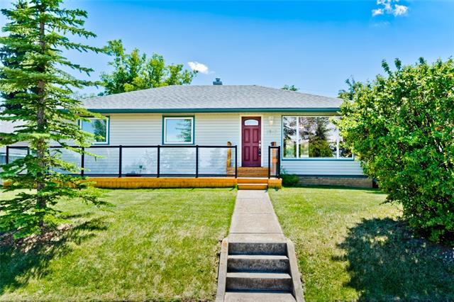 Sold: 3547 Spruce Drive Southwest, Calgary, AB