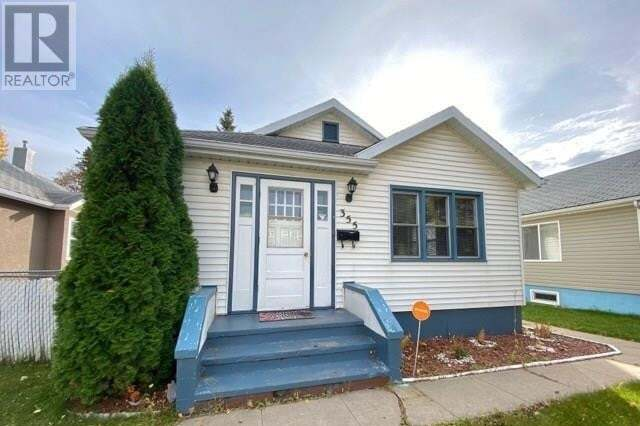 House for sale at 355 14th St W Prince Albert Saskatchewan - MLS: SK830386