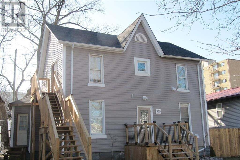 Townhouse for sale at 355 Bruce  Windsor Ontario - MLS: 20002187