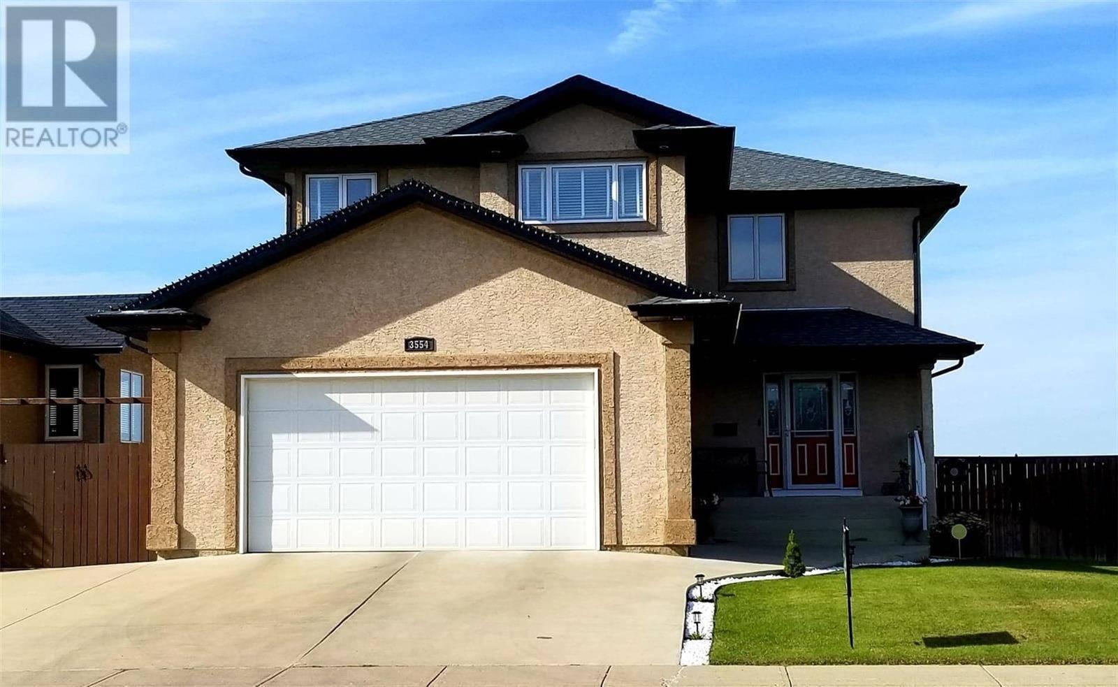 House for sale at 3554 37th St W Saskatoon Saskatchewan - MLS: SK778191