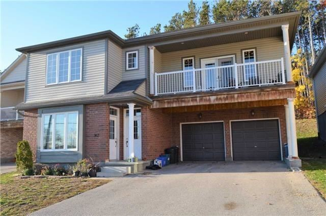 Townhouse For Rent At 356 Edgehill Dr Barrie Ontario   MLS: S4054093