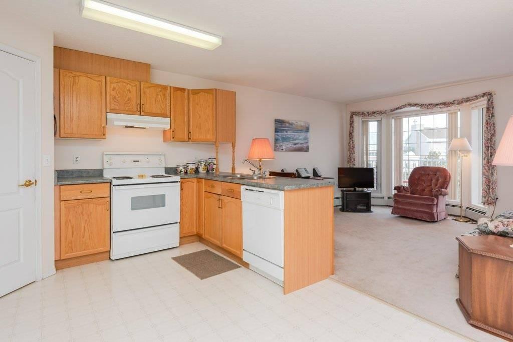 Buliding: 13441 127 Street Northwest, Edmonton, AB
